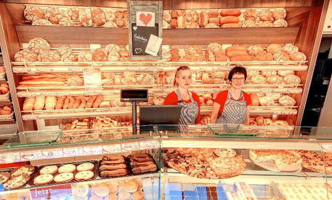 Bäckerei Café Rieß, Ladengeschäft Innen, Theke
